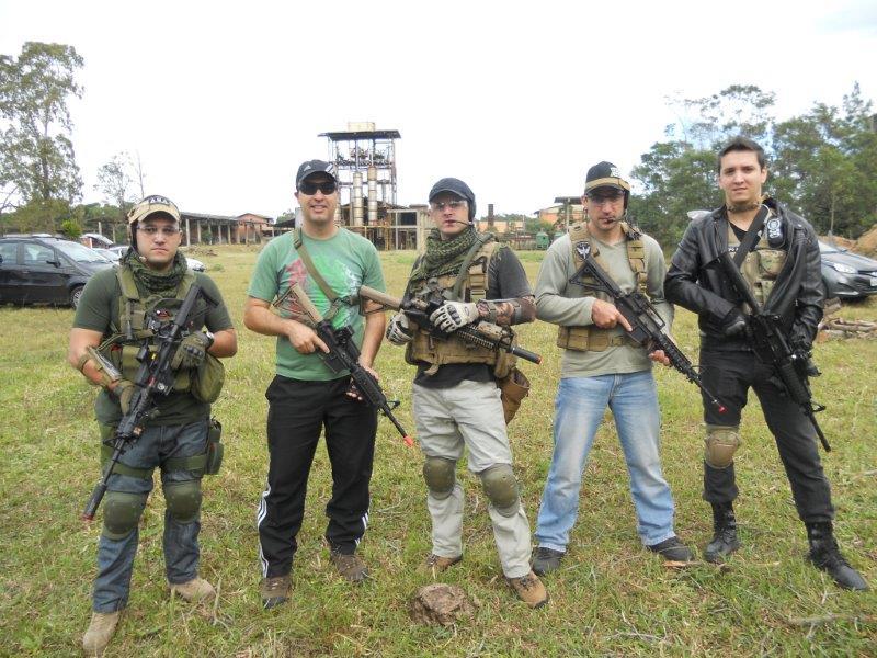 Túlio, Marcos, Gustavo, Leandro e Emerson.